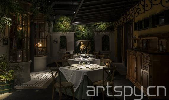 """一次餐厅里的美学散步 室内设计师陈林推出新作""""北京"""