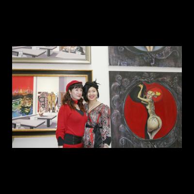 林大负责人琳达(左)