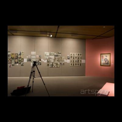 从民国时期浮出历史水面的中国现代女性美术开始