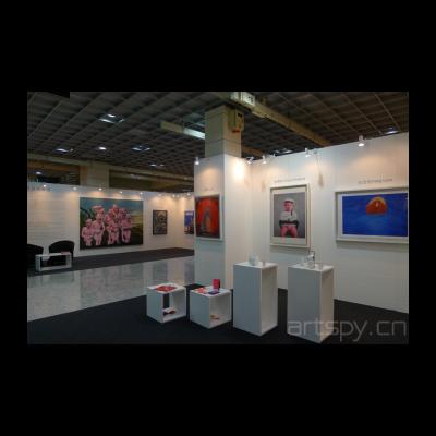 今日美术馆馆藏作品及艺术衍生品在马来西亚艺术博览会展位