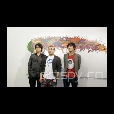 左二 艺术家 陈飞