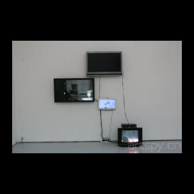《绝句、单频影像、洗手间的芭蕾、单频影像》杨健