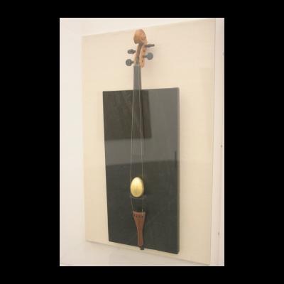 艾未未,《Violin with Golden Egg 》,1986