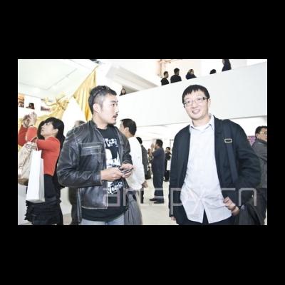 左一 艺术家吴玉仁 顾振清