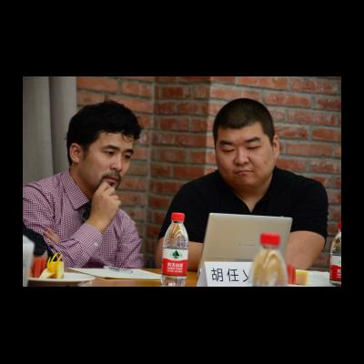艺术家胡仁乂与徐文恺